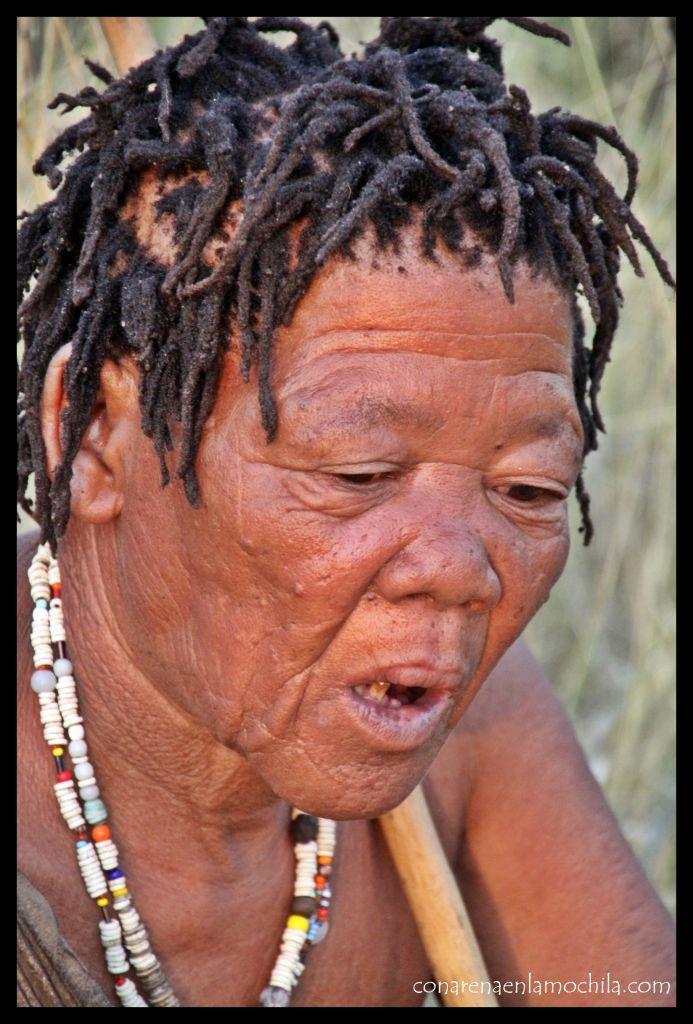 Mujer San Botswana