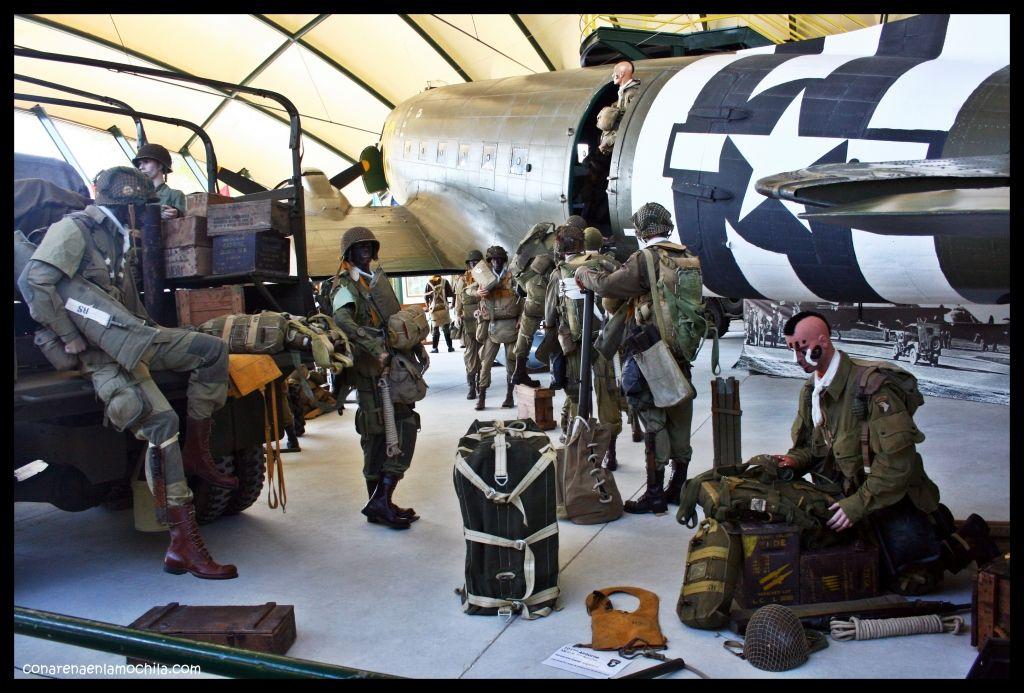 Avión C 47 Museo Airborne Ste Mère Église Normandía Francia