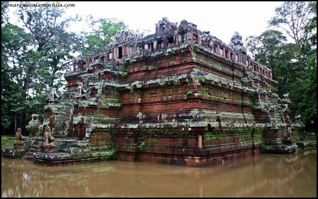 Phimeanakas Angkor Siem Reap Camboya