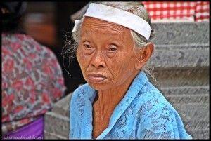 Balinesa Tirtha Empul Bali