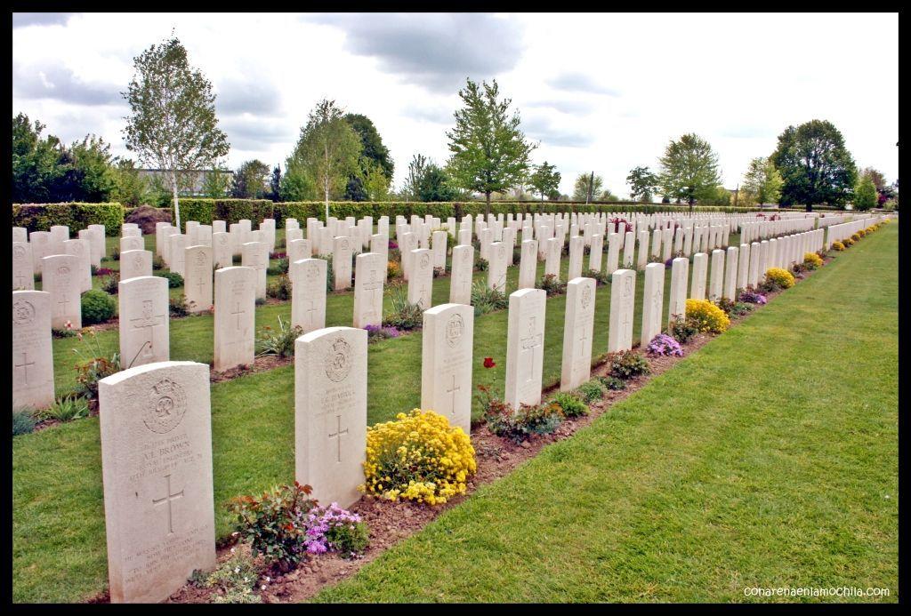 Cementerio británico Bayeux Normandía Francia