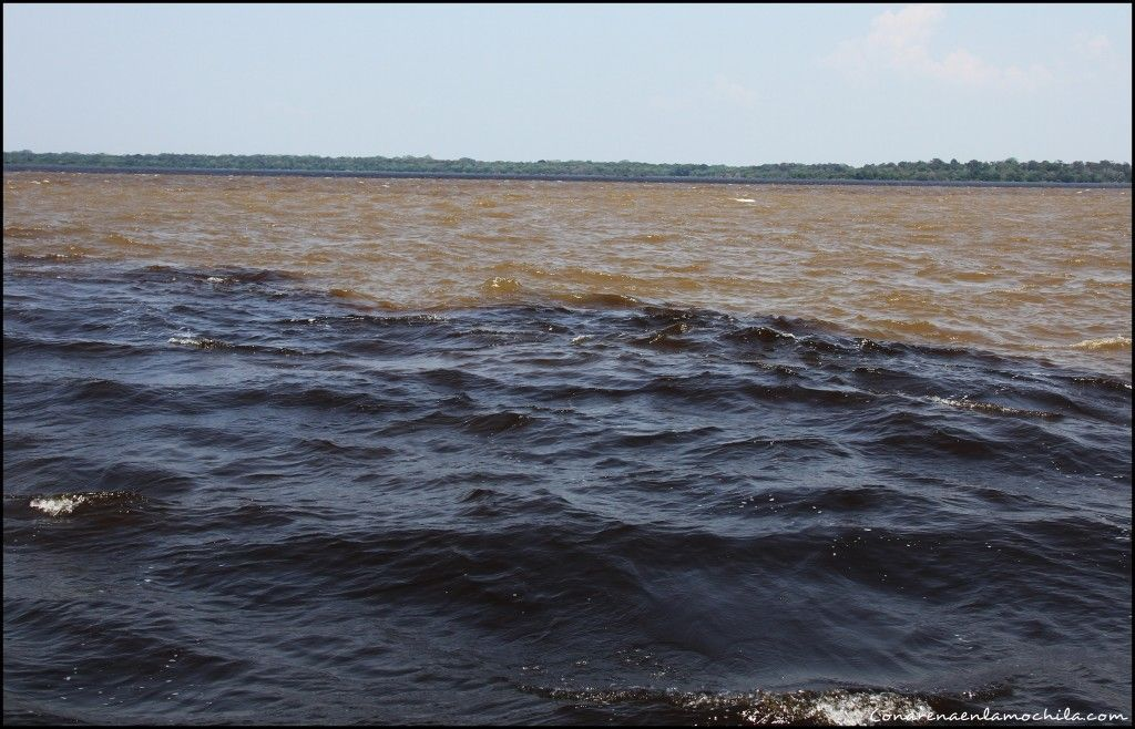 Encontro das Aguas Manaos Amazonas Brasil