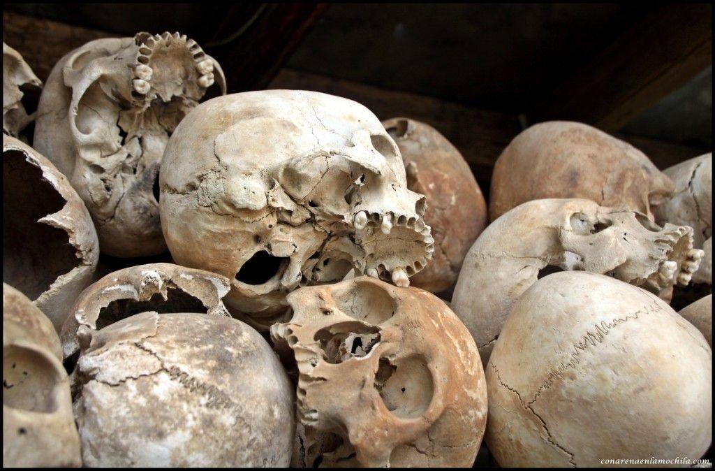 Choeung Ek Killing Fields Phnom Penh Camboya