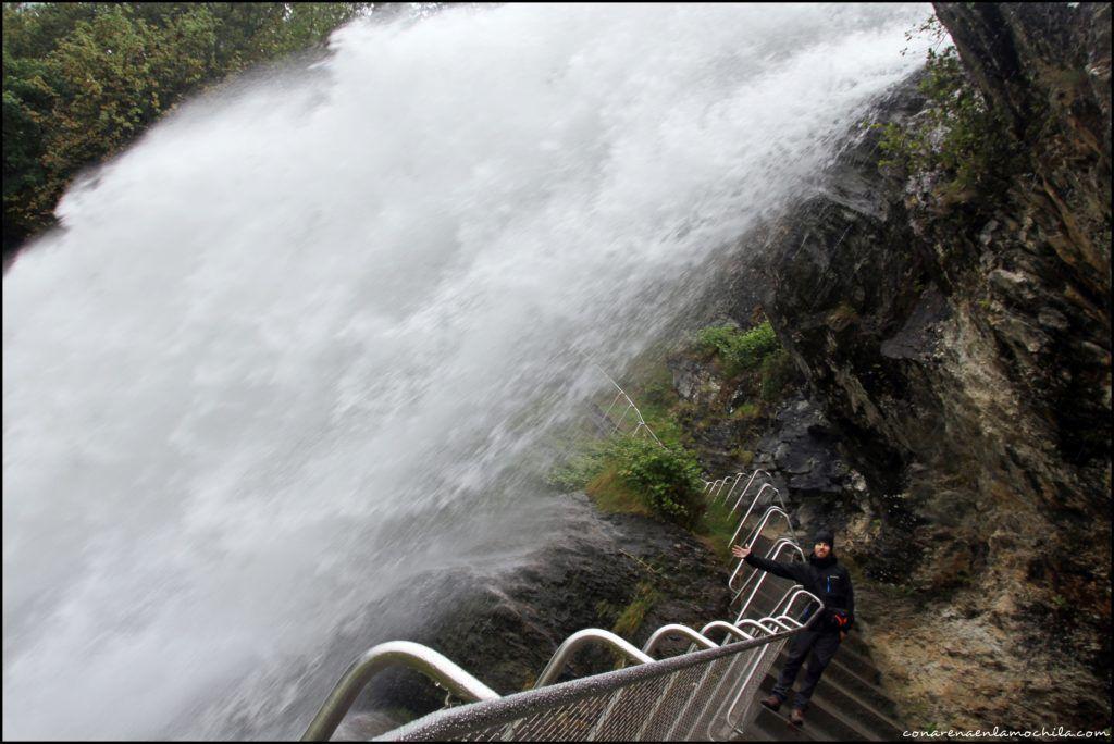 Steinsdalsfossen Noruega